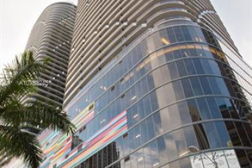 Home for Sale at 45 SW 9th St #1209, Miami FL 33130