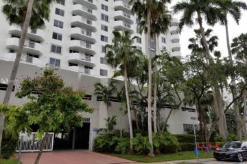 Home for Sale at 1621 Bay Rd #PH3, Miami Beach FL 33139