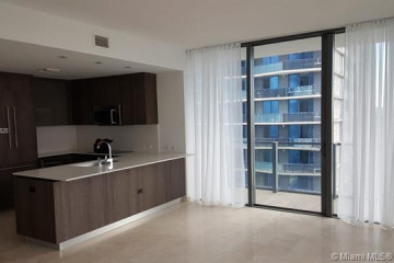 Home for Rent at 88 SW 7th St #3402, Miami FL 33130