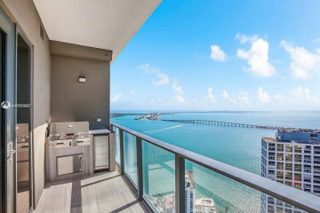 Home for Rent at 1451 Brickell Ave #4203, Miami FL 33131
