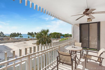 Home for Rent at 2 Grove Isle Dr #B307, Miami FL 33133