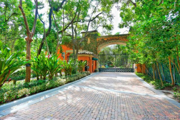 Home for Sale at 3471 Main Hwy #310, Miami FL 33133