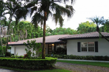 Home for Rent at 401 Como Ave, Coral Gables FL 33146
