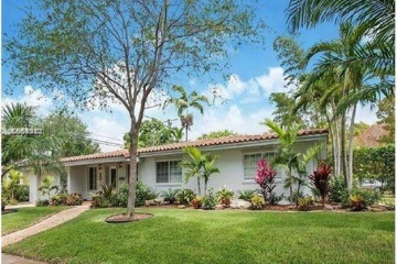 Home for Sale at 401 Garlenda Ave, Coral Gables FL 33146