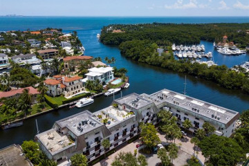 Home for Rent at 6901 Edgewater Dr #212, Coral Gables FL 33133