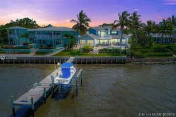 Home for Sale at 2021 SE Riverside Dr, Stuart FL 34996