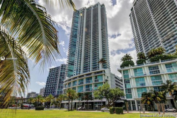 Home for Rent at 92 SW 3rd St #5203, Miami FL 33130