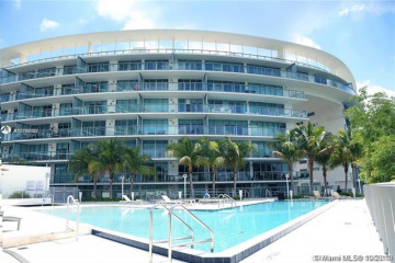 Home for Sale at 6610 Indian Creek Dr #404, Miami Beach FL 33141