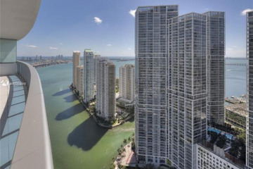 Home for Rent at 200 Biscayne Boulevard Way #4304, Miami FL 33131