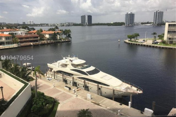 Home for Sale at 1000 W Island Blvd #611, Aventura FL 33160
