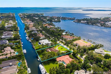 Home for Sale at 501 Arvida Pkwy, Coral Gables FL 33156