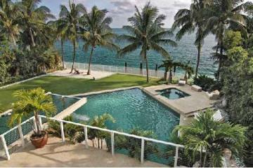 Home for Sale at Key Biscayne Attached, Key Biscayne FL 33149
