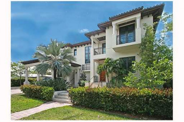 Home for Sale at Key Biscayne Attached, Key Biscayne FL 33149