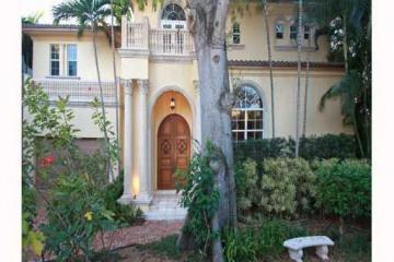 Home for Sale at Miami Detached, Miami FL 33133