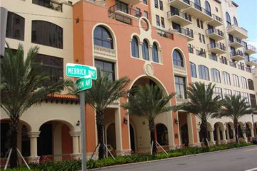 Home for Sale at Coral Gables Condo/co-op/villa/townhouse, Coral Gables FL 33134