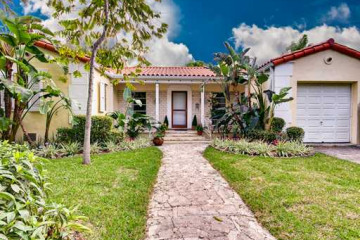 Home for Sale at 1520 W 22 St, Miami Beach FL 33140