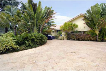 Home for Sale at 197 Leucadendra Dr, Coral Gables FL 33156