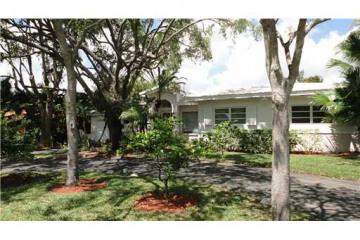 Home for Sale at 609 Cadagua Av, Coral Gables FL 33146
