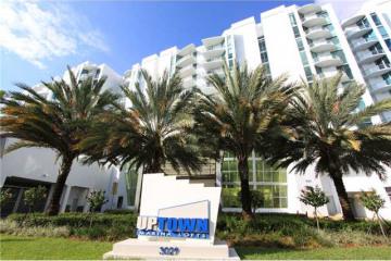 Home for Sale at 3029 NE 188 St #404 #404, Aventura FL 33180