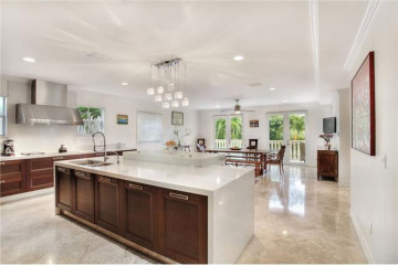 Home for Sale at 3545 E Fairview St, Coconut Grove FL 33133