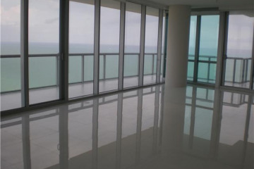 Home for Sale at 17121 Collins Av #3008, Sunny Isles Beach FL 33160