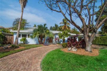 Home for Sale at 628 Ridgewood Rd, Key Biscayne FL 33149