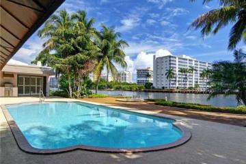 Home for Sale at 7596 NE Orchid Bay Terrace, Boca Raton FL 33487