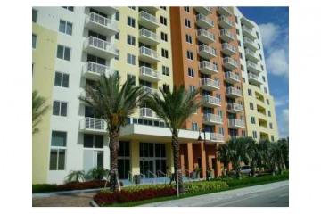 Home for Sale at 18800 NE 29 Av #204 #204, Aventura FL 33180