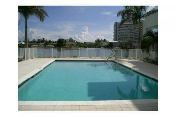 Home for Rent at 193 N Shore Dr #193-4 #193-4, Miami Beach FL 33141
