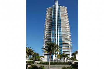 Home for Sale at 3535 S Ocean Dr #1101, Hollywood FL 33019