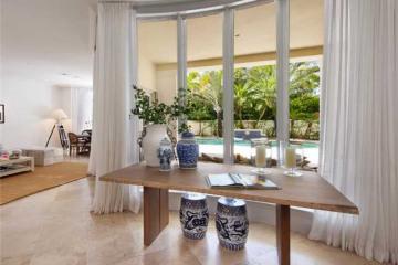 Home for Sale at 13 Grand Bay Estates Cr, Key Biscayne FL 33149