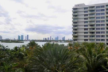 Home for Sale at 1500 Bay Rd #554s, Miami Beach FL 33139