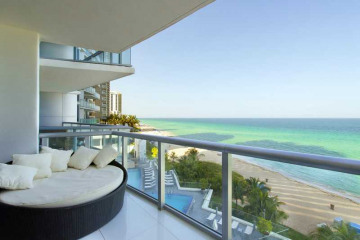 Home for Sale at 17001 Collins Av #802, Sunny Isles Beach FL 33160