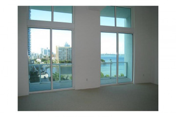 Home for Sale at 1900 N Bayshore Dr #908, Miami FL 33132