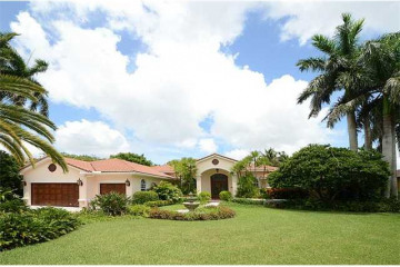Home for Sale at 2460 SW 105th Te, Davie FL 33324
