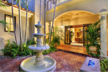 Home for Sale at 1733 Espanola Dr, Coconut Grove FL 33133