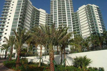 Home for Sale at Bal Harbour Condo/co-op/villa/townhouse, Bal Harbour FL 33154
