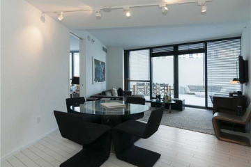Home for Sale at 2201 Collins Av #711 #711, Miami Beach FL 33139