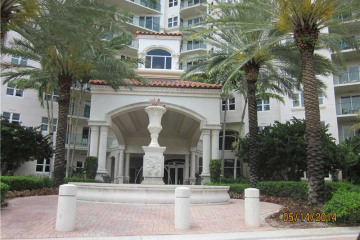 Home for Sale at 20000 E Country Club Dr #PH04, Aventura FL 33180