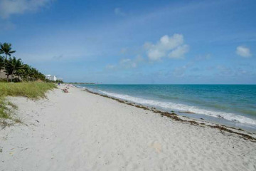 Home for Sale at 615 Ocean Dr #3b, Key Biscayne FL 33149