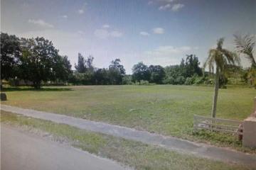 Home for Sale at Davie Residential Land/boat Docks, Davie FL 33331