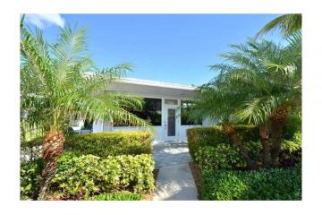 Home for Sale at 3231 SE 11 St #10b, Pompano Beach FL 33062