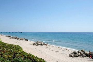 Home for Sale at 500 SE 21 Av #1, Deerfield Beach FL 33441