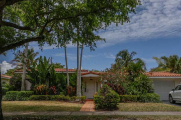 Home for Sale at 1535 Zoreta Av, Coral Gables FL 33146