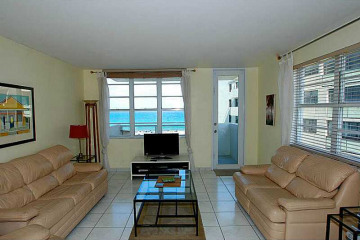 Home for Rent at 100 Lincoln Rd #821, Miami Beach FL 33139