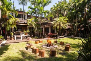 Home for Sale at 2802 Prairie Av, Miami Beach FL 33140