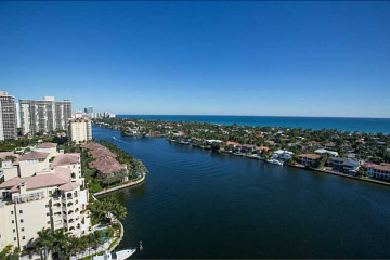 Home for Sale at 19707 Turnberry Wy #21-k #21-K, Aventura FL 33180