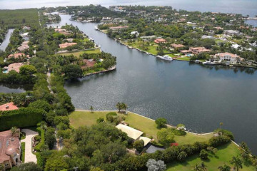 Home for Sale at 540 Casuarina Concourse, Coral Gables FL 33143