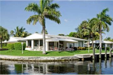 Home for Sale at 3225 SE 11 St #7e, Pompano Beach FL 33062