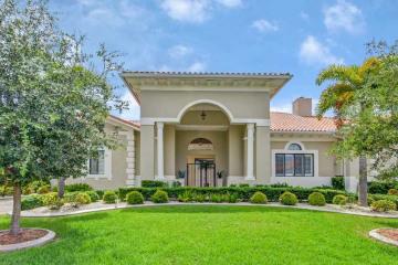 Home for Sale at 18757 SW 79 Av, Cutler Bay FL 33157